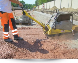 optimal compaction of soils, falling plate, plate load test